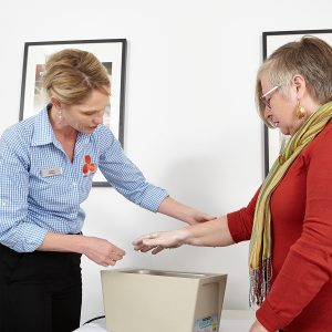 Hand Rehabilitation Wax bath, heat treatment, pain relief, osteoarthritis, arthritis, thumb arthritis