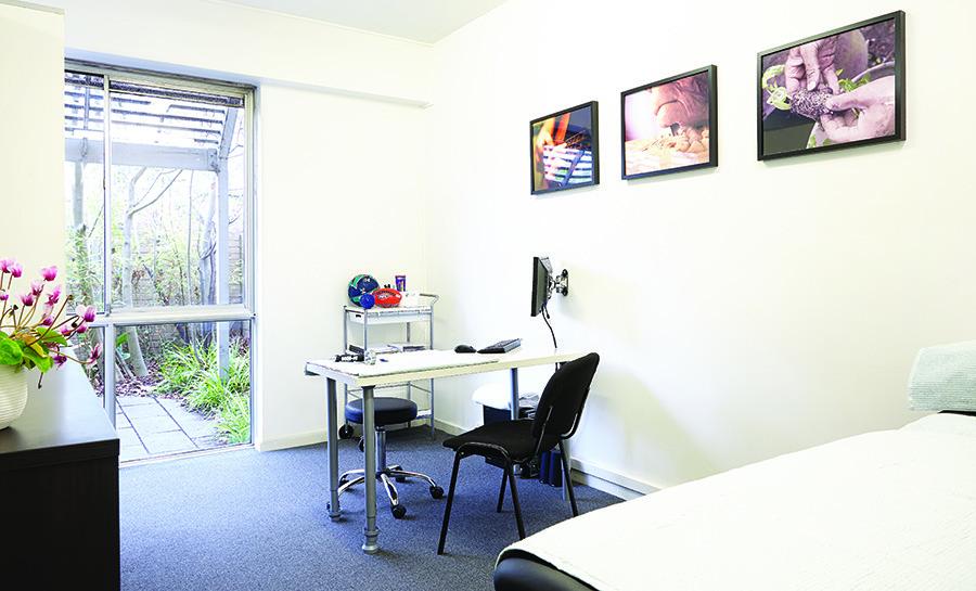 Melbourne Hand Rehab, Melbourne Clinic Facade
